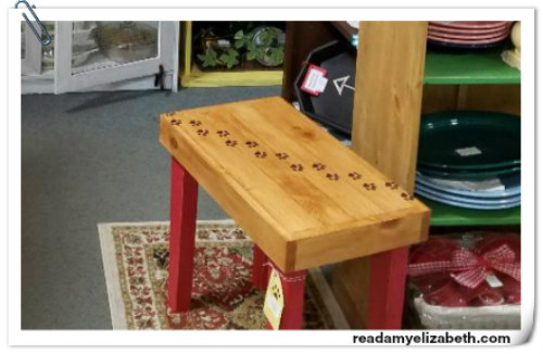 Paws Side Table 52618